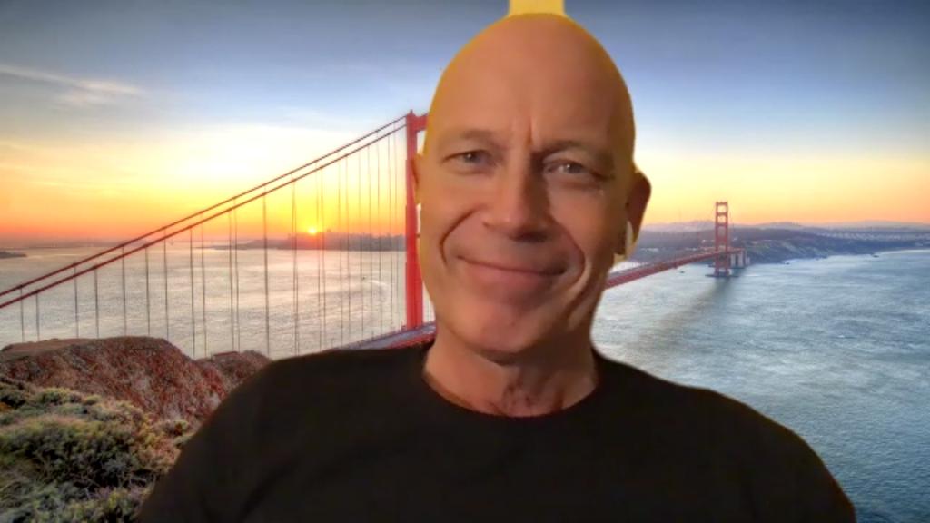 Wolf Hoffmann vor der Golden Gate Bridge in San Francisco