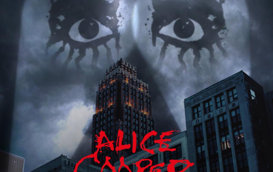 """Auf dem Albumcover """"Detroit Stories"""" von Alice Cooper sind die Silhouetten mehrerer Hochhäuser zu sehen. Zwei Scheinwerfer strahlen in den grauen Himmel. In den Lichtkegeln sind zwei Augen zu sehen."""