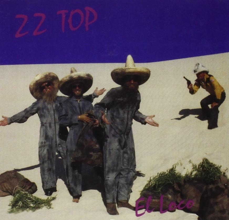 """Auf dem Albumcover """"El Loco"""" von ZZ Top sieht man drei Männer mit Hüten in der Wüste. Im Hintergrund steht ein Mann mit Pistole."""