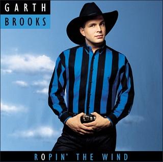 """Auf dem Albumcover """"Ropin´ The Wind"""" ist Interpret Garth Brooks zu sehen."""